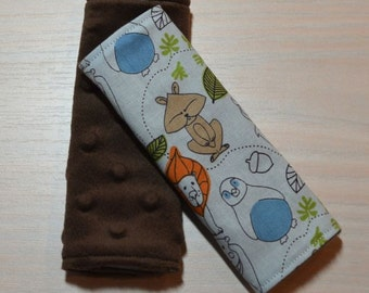 Car Seat Strap Covers - Day at the Zoo Blue Animals