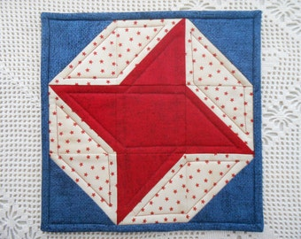 Going Away Gift Mini Quilt, friends sign back for remembrance, friendship star, patriotic, for moving travel adventure retirement deployment
