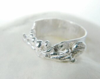 Broom cast and nuggets ring - Sterling silver