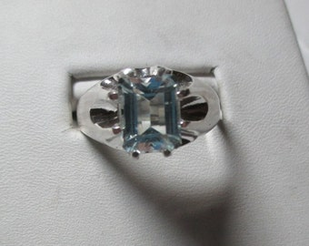 1.8ct aquamarine mens attractive light blue aquamarine sterling silver ring