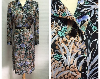 SALE Vtg 70s Rainforest Print Shirt Dress/ large