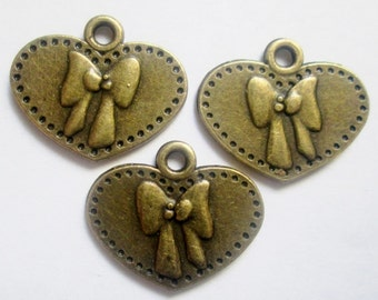 6 pcs Brass Heart Pendants, Charms, 16 x 19 mm, Lead, Nickel & Cadmium Free Jewelry Findings, metal findings - Valentines Day