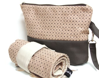 Diaper Clutch Set, Travel Diaper Pouch and Changing pad, Diaper wipes zipper pouch, Travel Changing Pad, Diaper Wristlet, Nappy Bag,