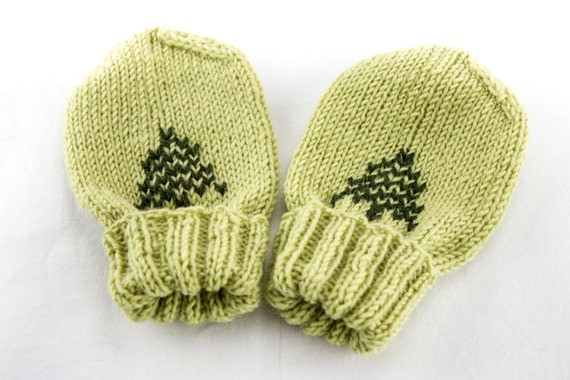 Knitting Pattern For Baby Mittens Without Thumb : Hand Knit Baby Mittens Baby Mittens without Thumb