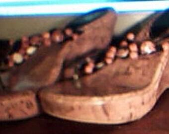 Hawaiian Shell Wedge Sandals 8M