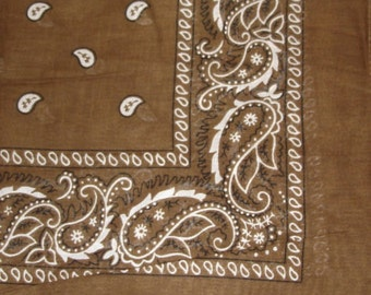 "22"" x 22"" Bandana -  Brown Paisley"
