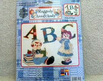Classic  Raggedy Ann and Andy Counted Cross Stitch Kit School Days New Janlynn Kit Designs by Gloria and Pat  b21