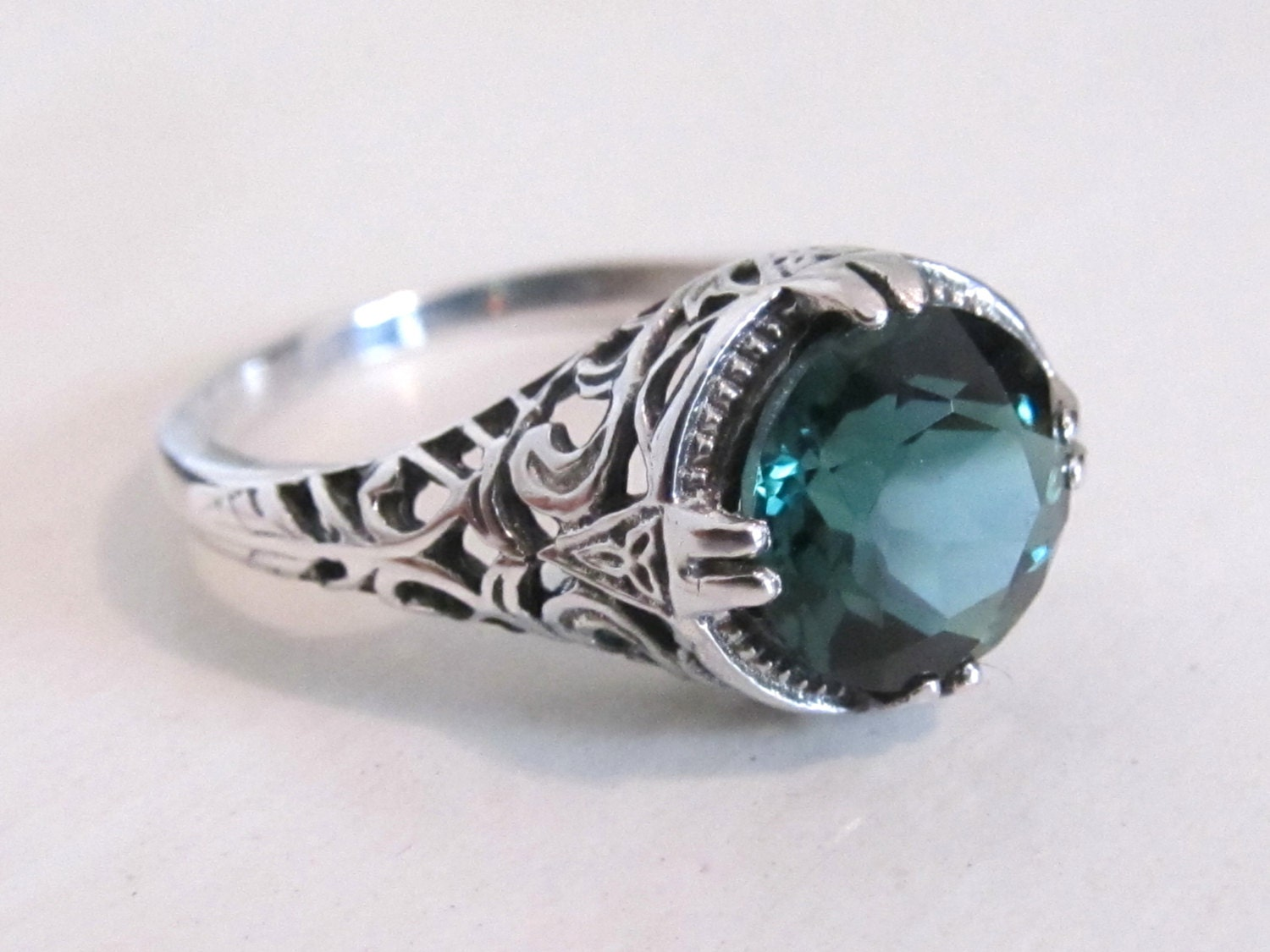 emerald gemstone sterling silver filigree engagement ring