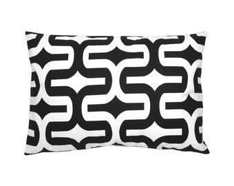 Modern pattern EMBRACE black and white pillow 40 x 60 cm