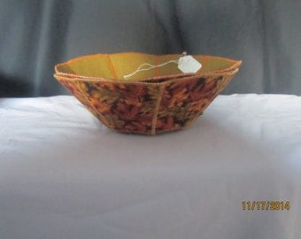 Reversible, cloth bowls for holidays or any day