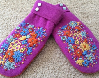 A1   Bright Felted wool mittens  hand embroidered with bright colored flowers  size small lined with fleece
