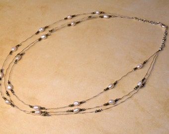 Pearl Crinkle Illusion Necklace