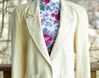 SPRING SALE! -- Vintage 80s 90s Cream Suede Blazer With Front Pockets - Size Medium/Large