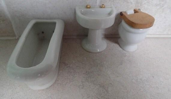 Elegant Vintage Antique Ceramic Bathroom Wall Sconce Lighting Fixture For