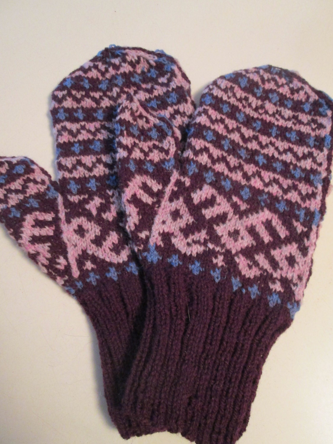 Knitting Eastern European Style : Hand knit intarsia wool mittens russian eastern european folk