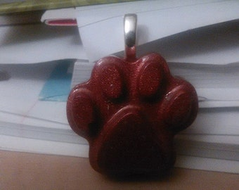 Pendant/Key Chain - Russet Red Paw (5039)