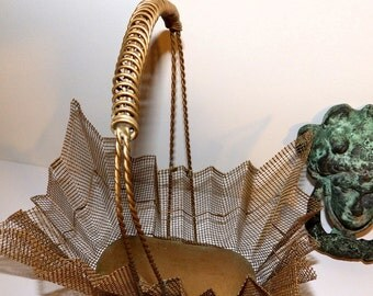 Vintage Metal Wire Brass Toned Basket with Handle