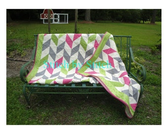 READY MADE / Queen Herringbone Quilt /Queen Size / Homemade Quilt