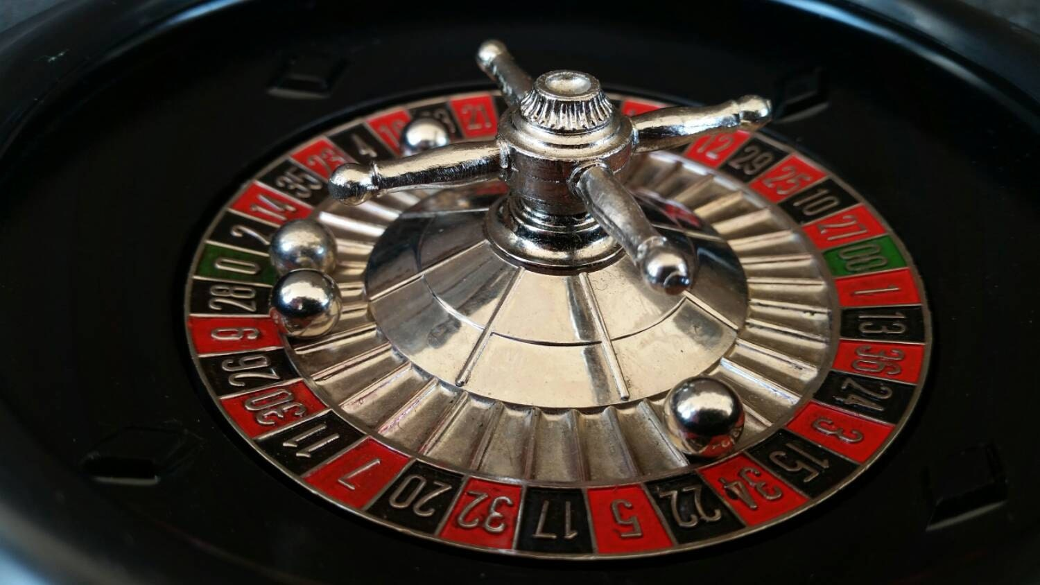 vintage roulette wheel las vegas game room decor man by. Black Bedroom Furniture Sets. Home Design Ideas