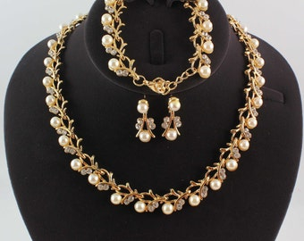 Wedding/Bridal pearl &crystal necklace bracelet earrings Jewelry set1001