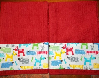 Adorable Set of 2 Hand Towels with Whimsical Doggies