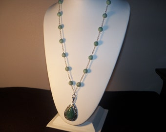 A Beautiful Quinghai Jade Necklace and Earrings.  (201455)