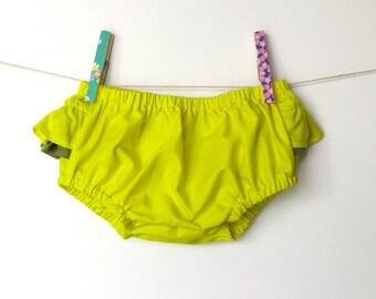 Organic Baby girl Bloomers / Yellow ruffled Bloomers / Girls ruffled bloomers /  Organic baby Clothes /  Hipster baby clothes / Baby clothes