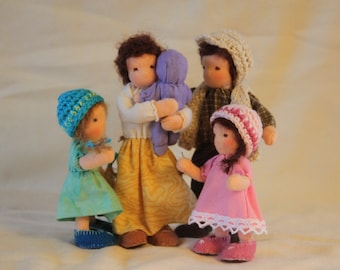 Dollhouse family Waldorf style Family of five