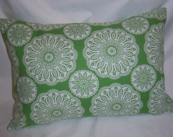 """PILLOW COVER Snowflake on Green Print,  16"""" x20"""""""