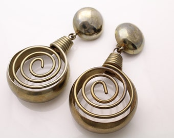 Vintage 1980s Huge Chunky Tina Turner Spiral Dangle Clip Earrings. [371]