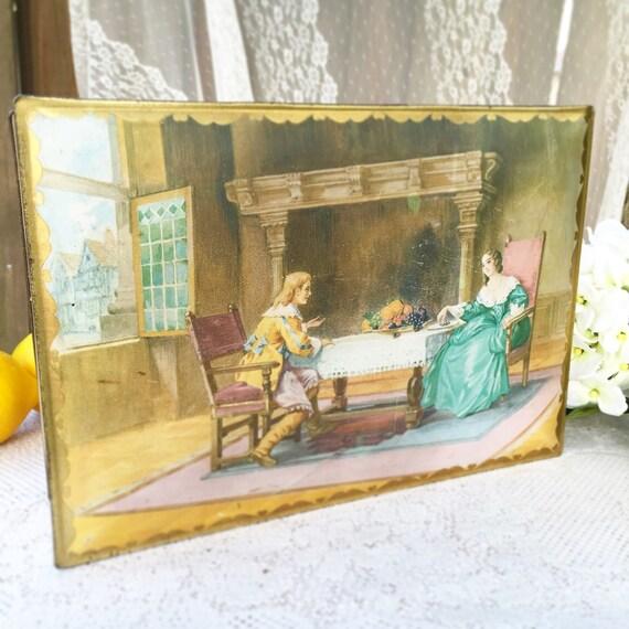 Large vintage decorative tin box 18th century by wondercabinetarts - Massieve decoratieve tuin ...