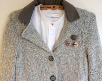 Linen brooch Belgian linen-Vintage french ribbon BC011