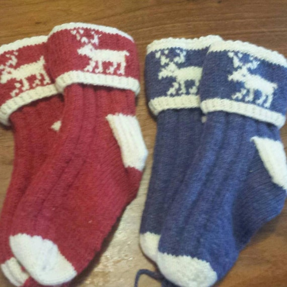 Woolen Socks Knitting Pattern : Hand Knitted Newfoundland Moose Socks