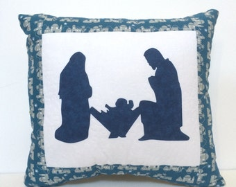Nativity applique pillow, Quilted Nativity Pillow