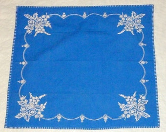 """Vintage 1950 Hand Embroidered Cotton Royal Blue 28"""" Square Tablecloth"""