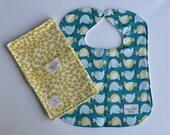 "Bib & Burp Cloth Set in ""Mod Birds/ Leaves"" : 100% organic cotton"