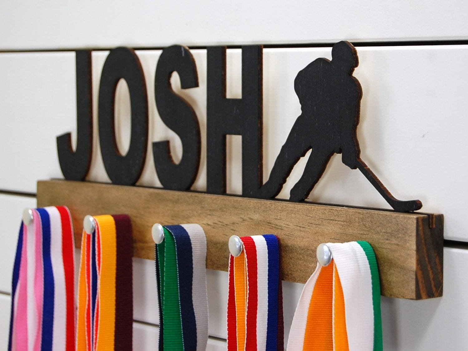 Boys hockey bedroom ideas - Personalized Hockey Medal Holder 12 Or 20 Inch