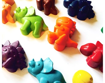 Dinosaur wax crayons, bulk set of 12.  Party bag, wedding favour, birthday present, kids gift.  Assorted colours.