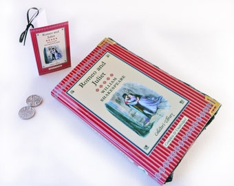 Romeo and Juliet Coin Purse, Shakespeare, Change wallet made out of a book, Classic book purse, Romeo, oh Romeo!