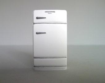 Vintage Dollhouse Refrigerator Magnet in White