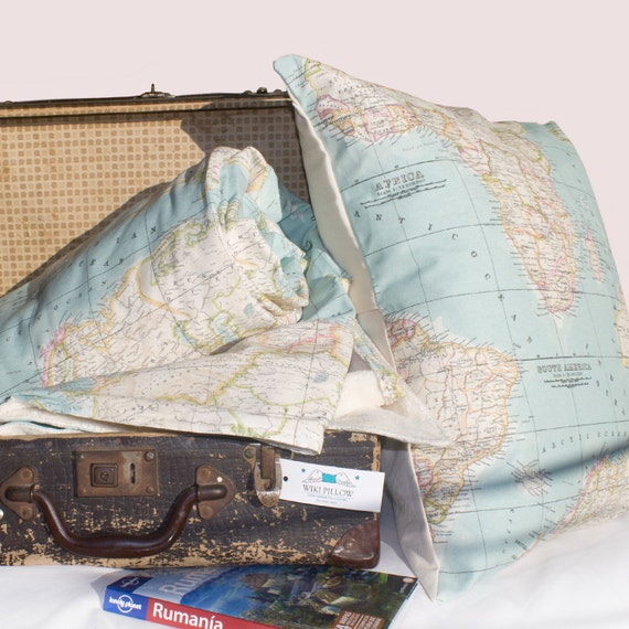 World Map Set Of Blanket And Cushion Map Blanket Map - World map blanket