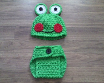 Crochet Frog Hat & Diaper Cover set