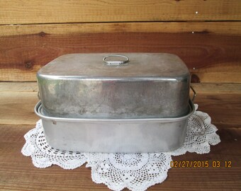 Vintage Aluminum Roaster with Vent