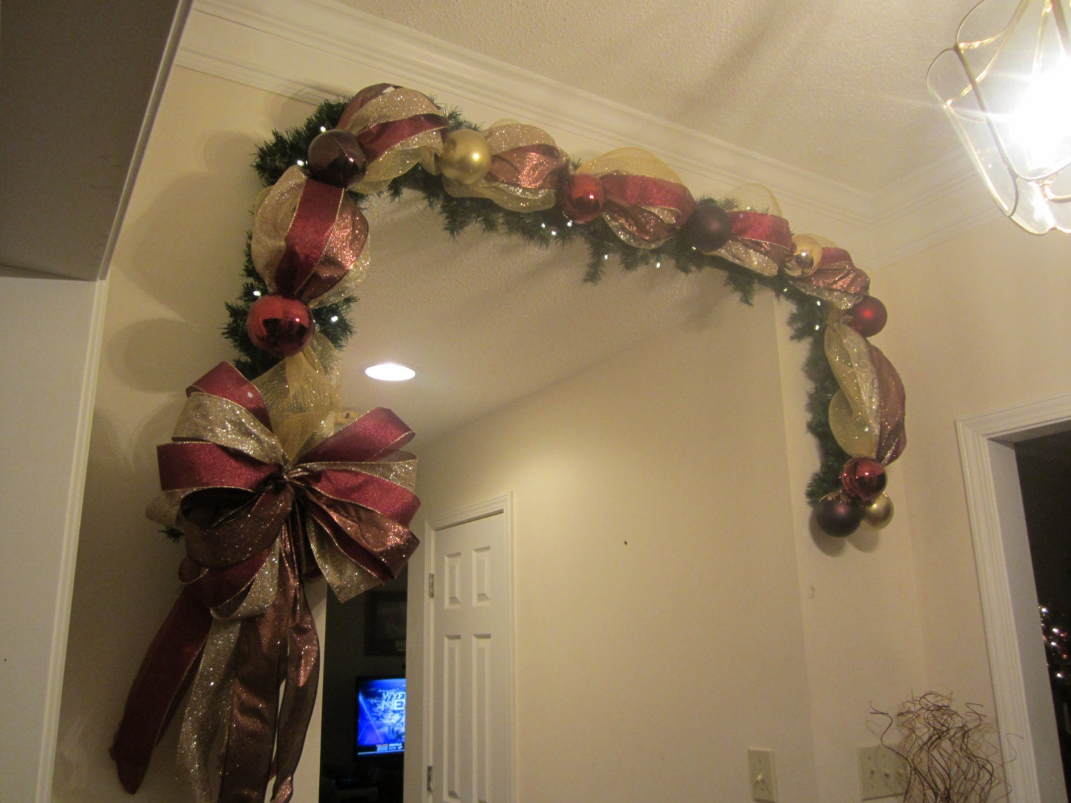 Christmas lighted garland swag 9ft mesh wreath elegant old for Christmas swags and garlands to make