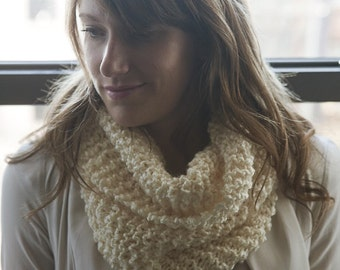 Cozy Infinity Scarf (SOLID COLORS)