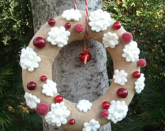 Christmas burlap wreath with snow flakes and  berries, snow flakes Christmas wreath, Holidays porch decor, Christmas fireplace ornament