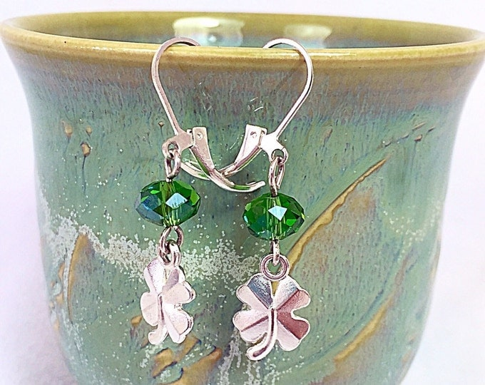Clover Lucky Earrings - St Patricks Day Earrings - Lucky Earrings - Green Earrings - Green Dangle Earrings - Drop Earrings