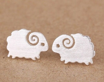 Lovely  little sheep sterling silver earring, 925silver sheep ear studs,romantic gifts,unique.