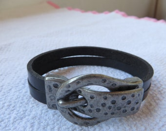 FREE SHIPPING.For women  leather bracelet.Hand made leather bracelet