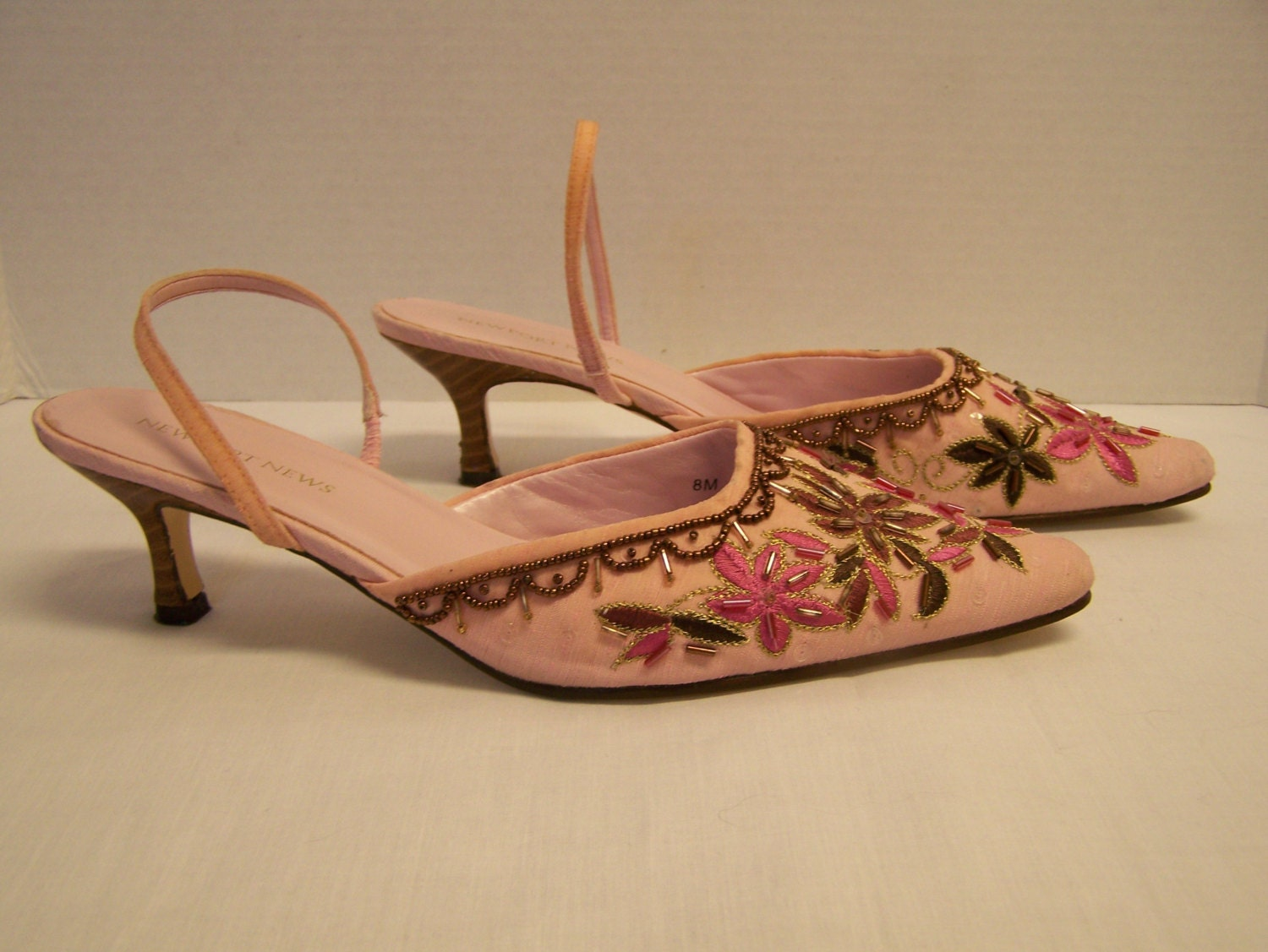 vintage fancy embroidered beaded pink shoes size 8 m